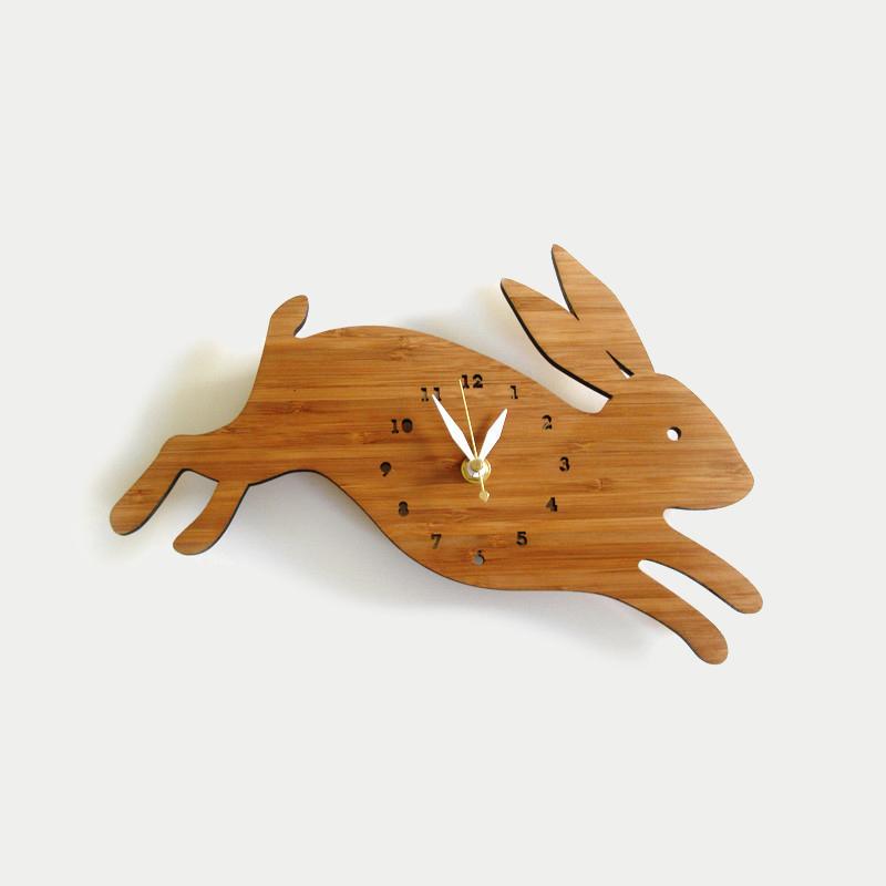 디코이랩 깡총깡총 토끼 우드 벽시계(Decoylab  Leaping Rabbit Wall Clock)